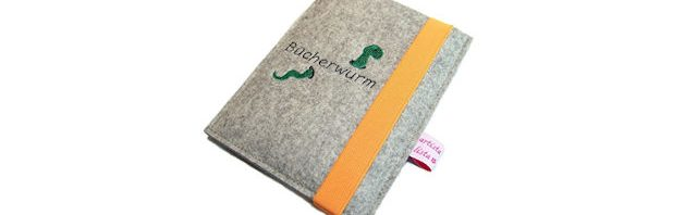 eBook Reader Hülle aus Wollfilz handgemacht und mit eigener Note